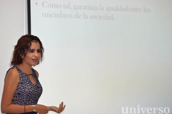 Alicia Colot Villarreal expuso el panorama sobre la filosofía en México