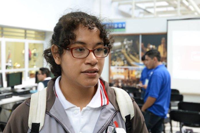 María Graciela Basilio Aparicio, estudiante de quinto semestre del Telebachillerato de Jilotepec
