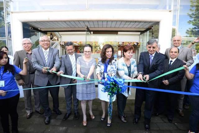Leticia Rodríguez Audirac inauguró la Expo Orienta 2016, para dar a conocer la oferta educativa de la UV
