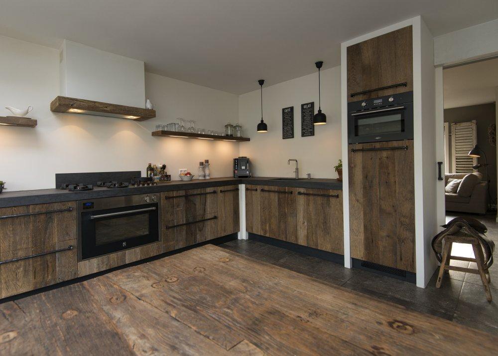 RestyleXL oud eiken keuken in modern landelijke stijl  UW