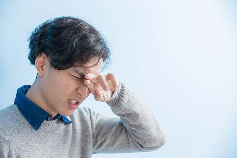 眼痛怕光?眉棱骨疼痛中醫調護 | 優1周 - UWeekly