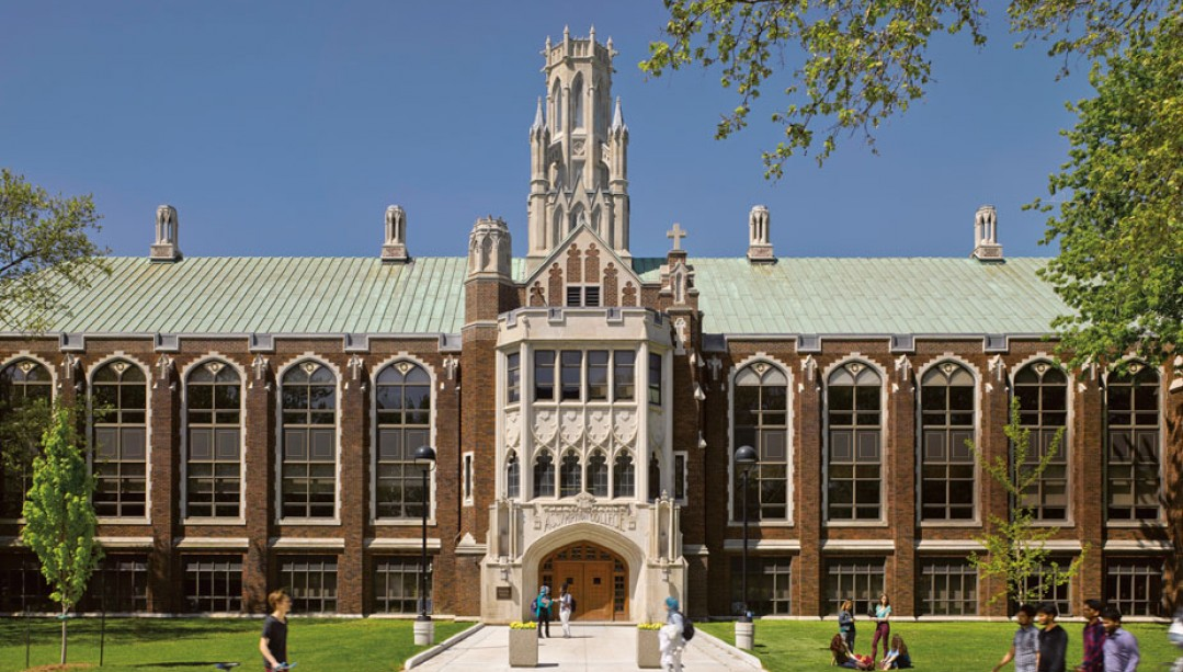 University of Windsor bantu pelajar internasional dengan menggelontrokan dana investasi $700k