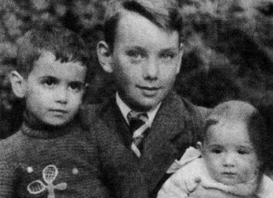 Алексей Баталов с младшими братьями