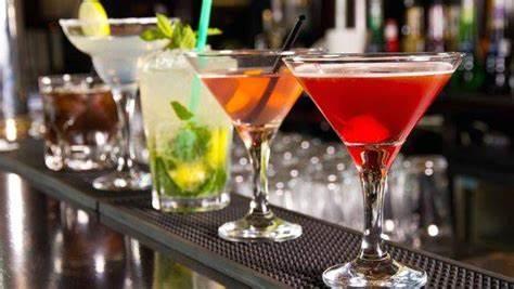 Les meilleures destinations européennes pour les amateurs de cocktails