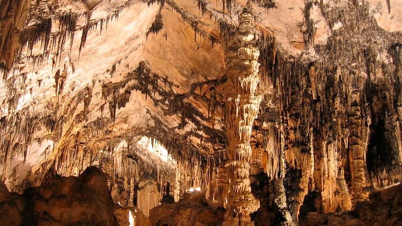 cuevas-de-arta