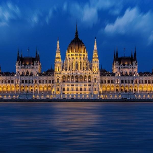 Tour Budapest e Praga da Catania e Palermo