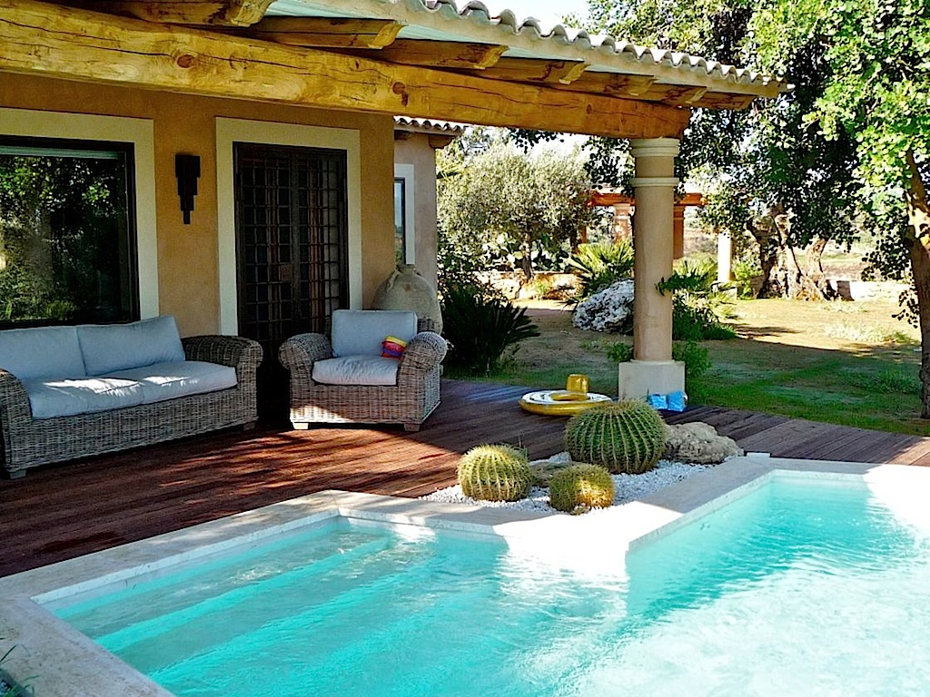 SICILY HOLIDAY VILLA RENTALS  Luxury Villa Vacation