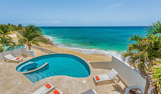 beachfront luxury villa vacation
