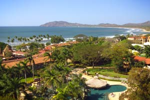 Tamarindo Diria Beachfront