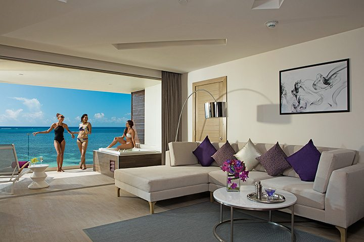 xhale club Master Suite Ocean Front.