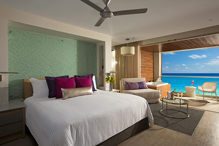 xhale club Junior Suite Ocean Front.