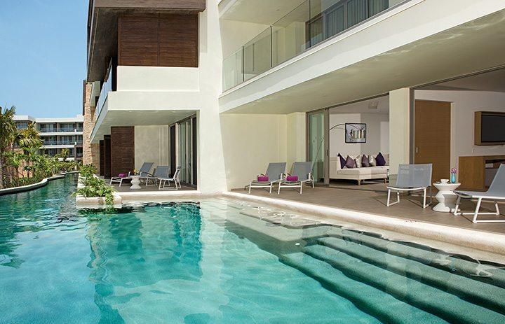 Swimout suites panoramic.