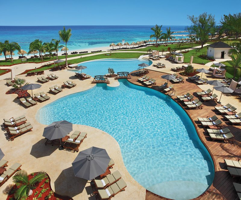 A shot of the pristine swimming pool with exquisite views of the Caribbean.