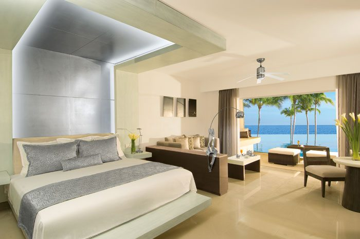 Junior Suites offer tropical or ocean views, a seperate sitting area and a private furnished terrace or balcony.