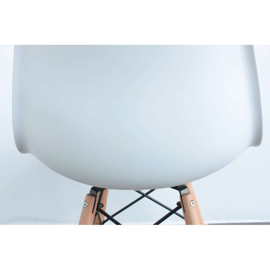Silla Eames DSW blanca New Style