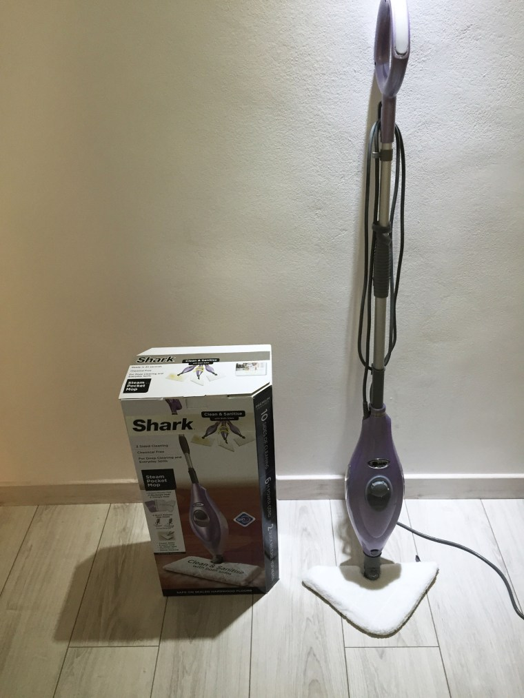 Shark Steam pocket mop - unboxing the product