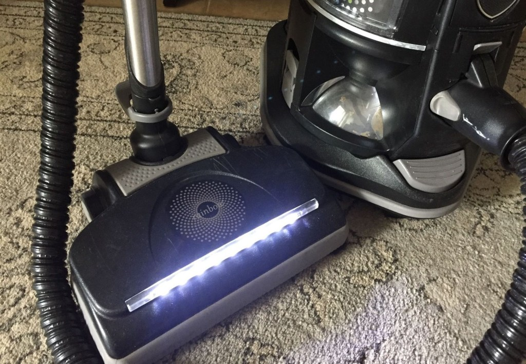 LED strip on the power nozzle