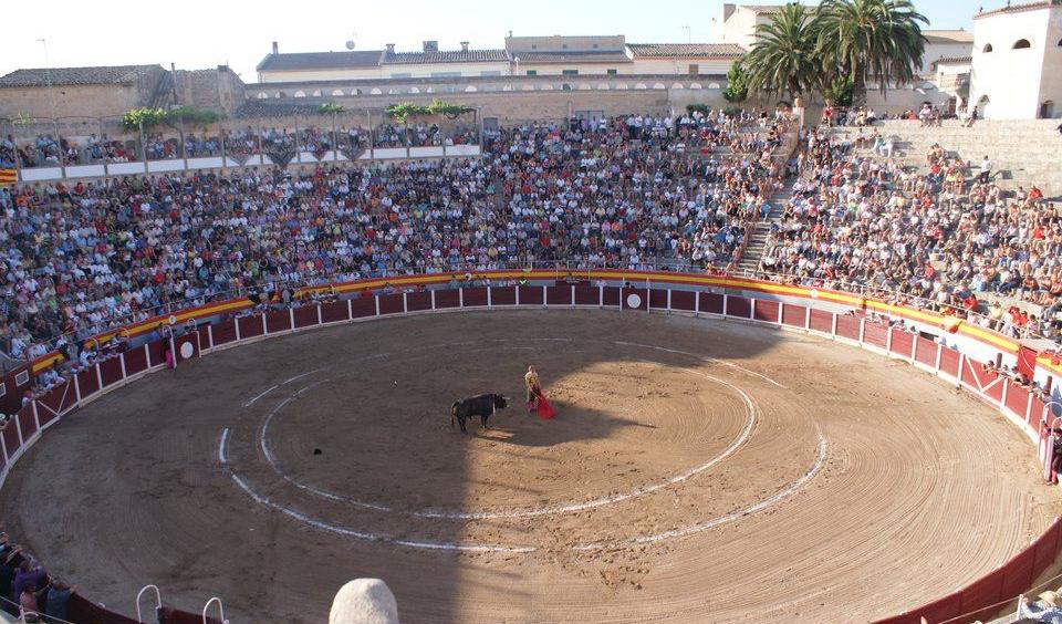 Corrida de toros mixta en Muro (Mallorca)
