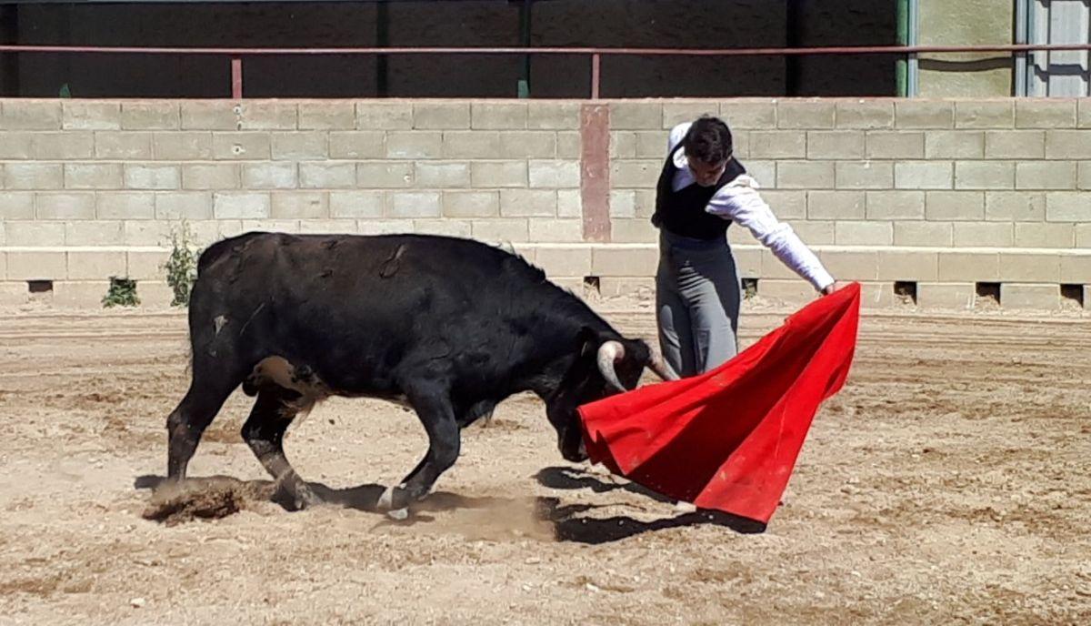 L'Escola Taurina de Catalunya es prepara al camp
