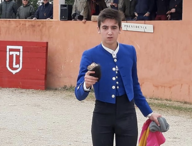 Cristian Alfaro puntúa en Francia