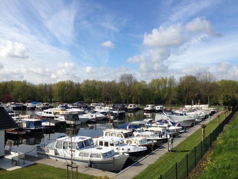Schoonrewoerd - Jachthaven - Lingeroute - bloesemroute
