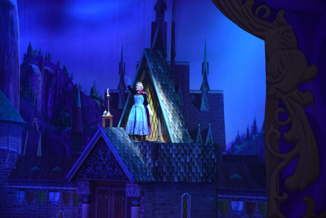 Disney on Ice 2018 Frozen Elsa
