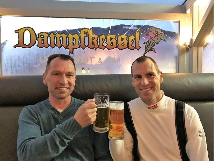 Proost in de Dampfkessel in Flachau