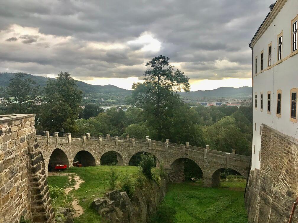 Uitzicht vanaf het kasteel in Decin