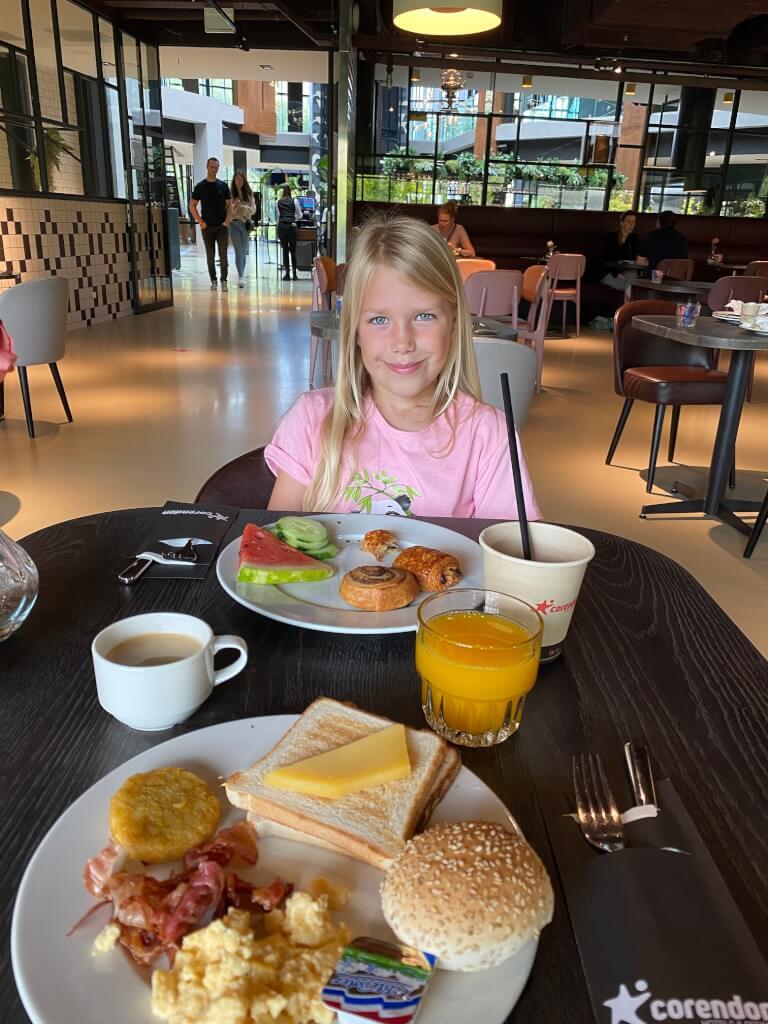 Ontbijt in het Corendon Hotel