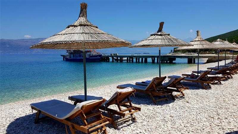 Viaggi e vacanze in Albania, tour dell'Albania Comunista, Karaburun