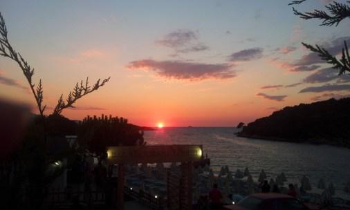 Visitare Saranda, vacanze in Albania Tramonto di Ksamil