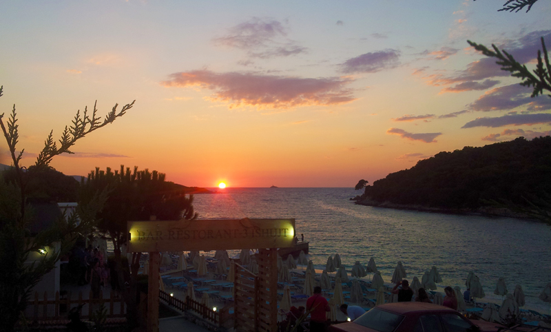 Prima vacanza in Albania, tramonto a Ksamil