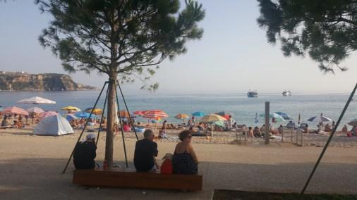 Vacanze in Albania con i bambini, Spiaggia di Himara, andare in albania con i bambini