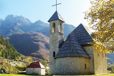 Theth chiesa villaggio, tour del nord Albania