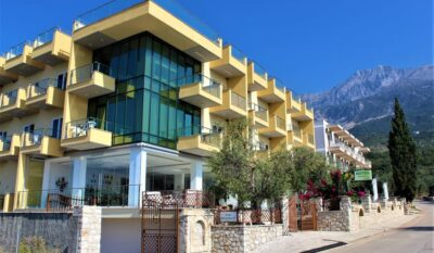 Hotel a Dhermi, Orange