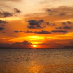 Auringonlasku Thaimaassa