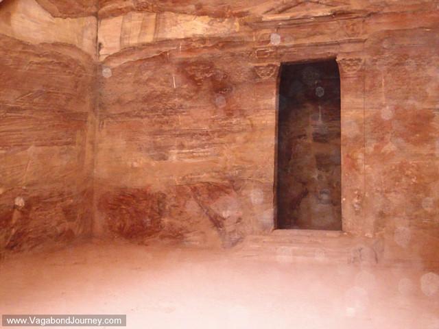 archaeology at petra jordan