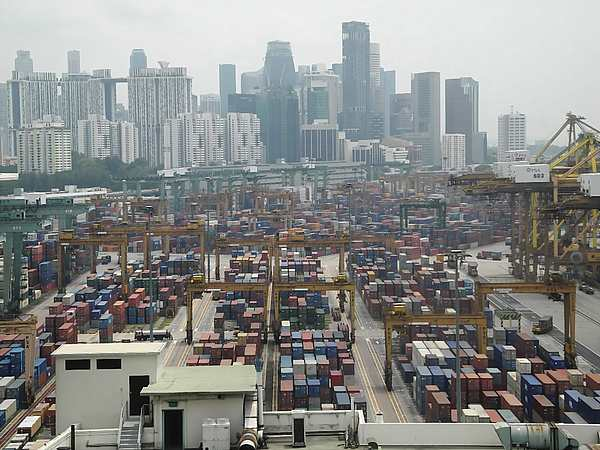 Port of Singapore (5)