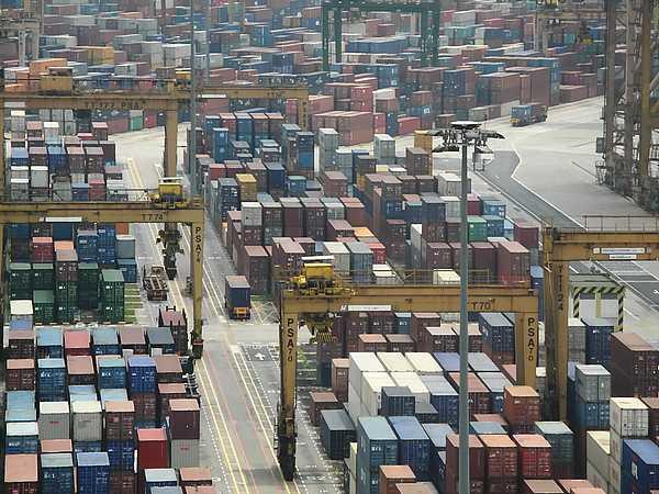 Port of Singapore (6)