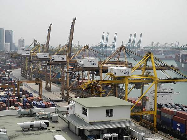 Port of Singapore (8)