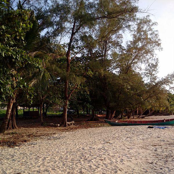 Victory Beach Sihanoukville (5)