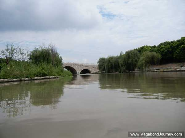 Large canal cutting around Taizhou, Jiangsu