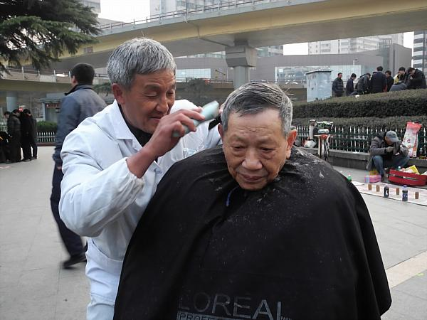 Chinese street barber