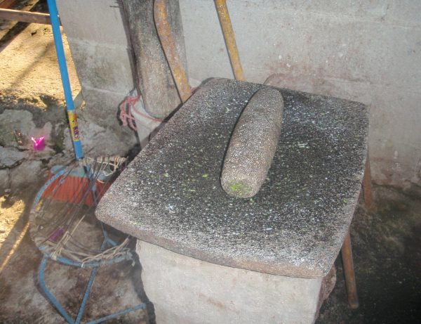 Mondern grinding slab for kneading dough