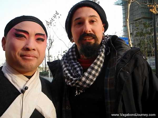 wade-shepard-with-chinese-apera-actor