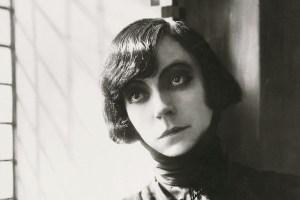Asta Nielsen i Sven Gardes Hamlet, 1921