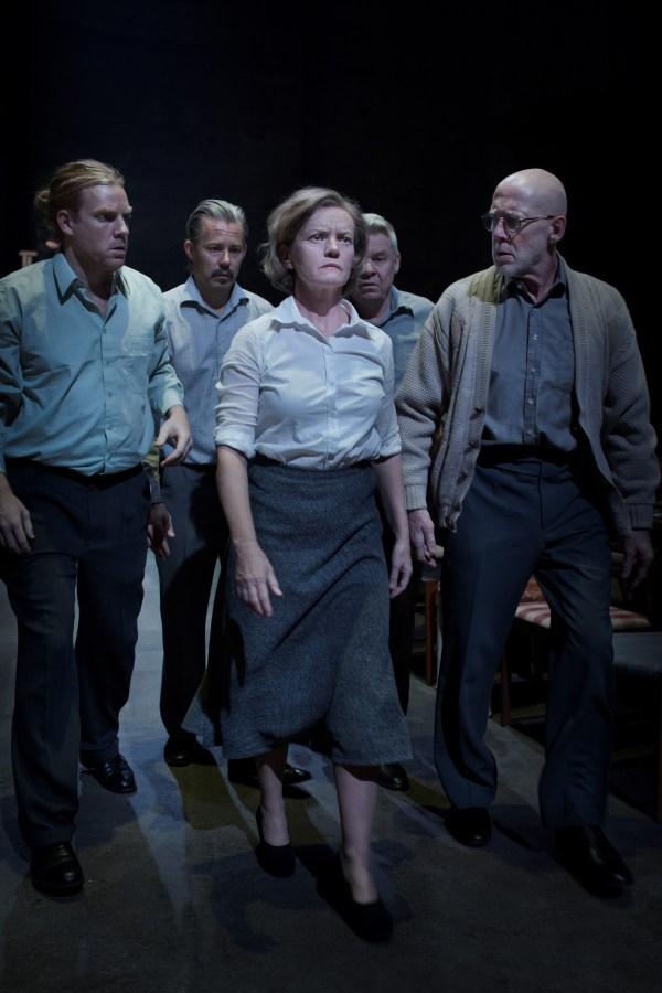 Rannsakning, uppsättning på Orionteatern, i regi av Nadja Weiss, 2016. Foto: Markus Gårder.