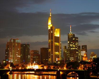Vagobond in Germany – Arriving at Frankfurt's Spaceport