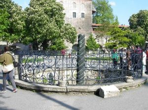 tours of old Istanbul, Constantinople, Istanbul, Serpentine Column
