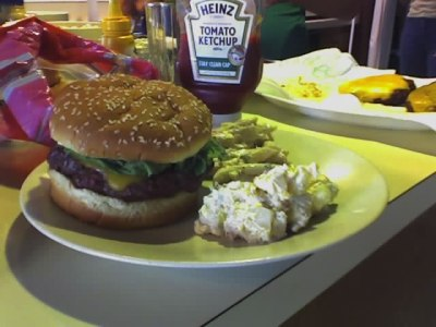 a delicious Amriecan hamburger